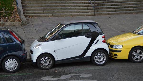 Czujnik ułatwiający parkowanie